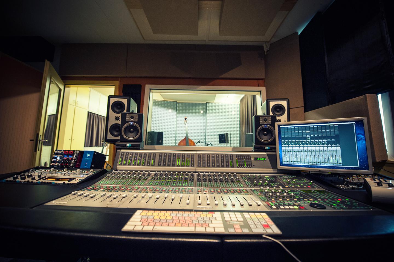 studio-0561